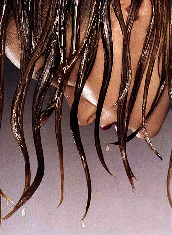 nasses Haar